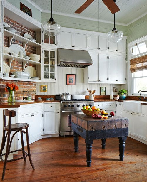 Palmer Residence: Charming Home Tour - Town & Country Living