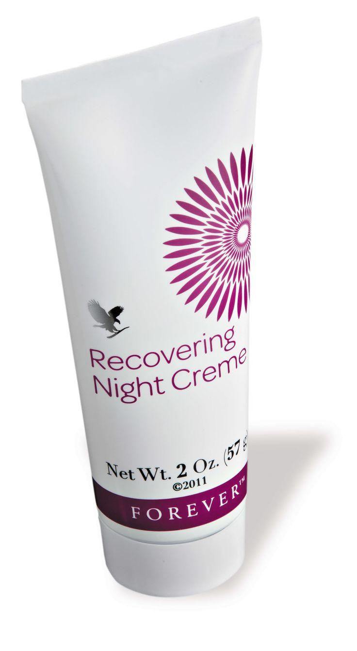 Recovering Night Creme van Forever met allantoïne kalmeert, voedt en herstelt uw huid tijdens het slapen. Deze nachtcrème trekt snel in en zorgt voor een goede hydratatie van de huid. Oplosbaar collageen en elastine helpen het ontstaan van rimpels te vertragen. Deze crème is geschikt voor ieder huidtype