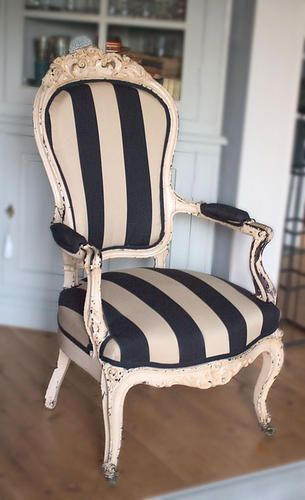 chair love :) @Lindy Faulkner Faulkner Murphy for that new chair you have!