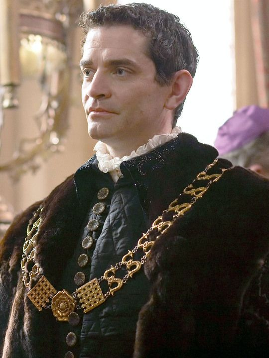 James Frain as Thomas Cromwell in THE TUDORS