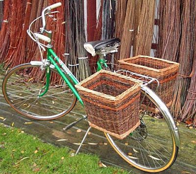 On my list of cool things I would like to have is an old timey bicycle, complete with giant basket.
