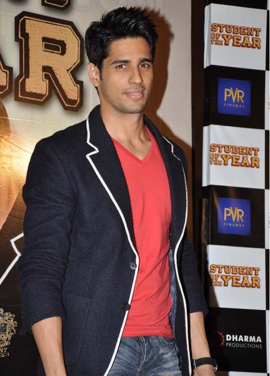 If I were to marry someone it would be this guy, Sidharth Malhotra, he's so handsome, and light skinned :) one day ;)