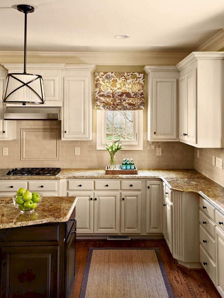 85 Inspiring Farmhouse Kitchen Cabinet Makeover Ideas
