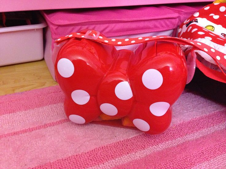 Popcorn bucket @Tokyo Japan - spotted at #TokyoDisney. I want one but it's retired. booo!!