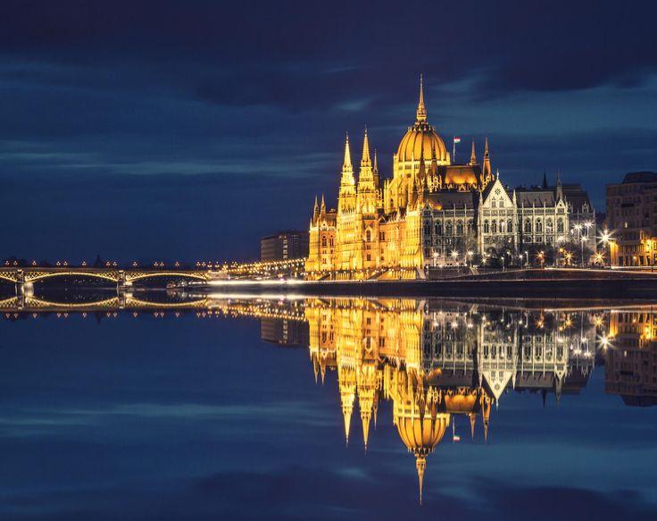 Parliament by Zsolt Hlinka on 500px