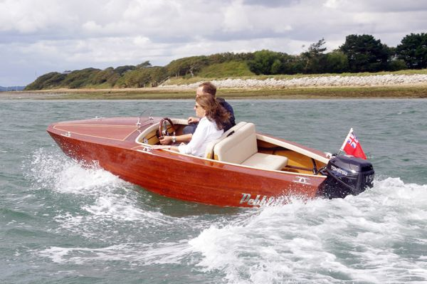 classic old fashion runabout except for the fact she is brand new. | classic boats | Runabout ...