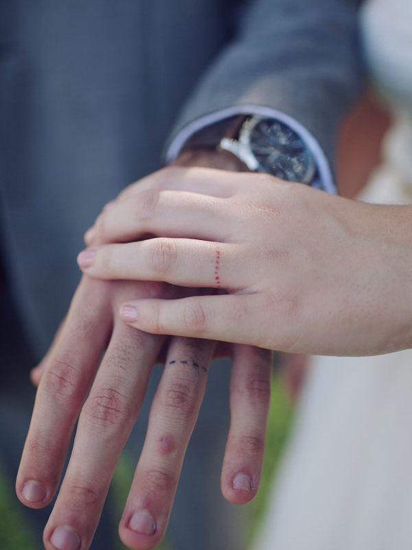 Best 25+ Ring tattoo designs ideas on Pinterest   Wedding ring ...