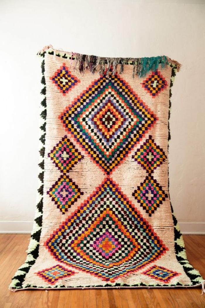 25 best ideas about tapis marocains sur pinterest tapis color s tapis et tapis. Black Bedroom Furniture Sets. Home Design Ideas