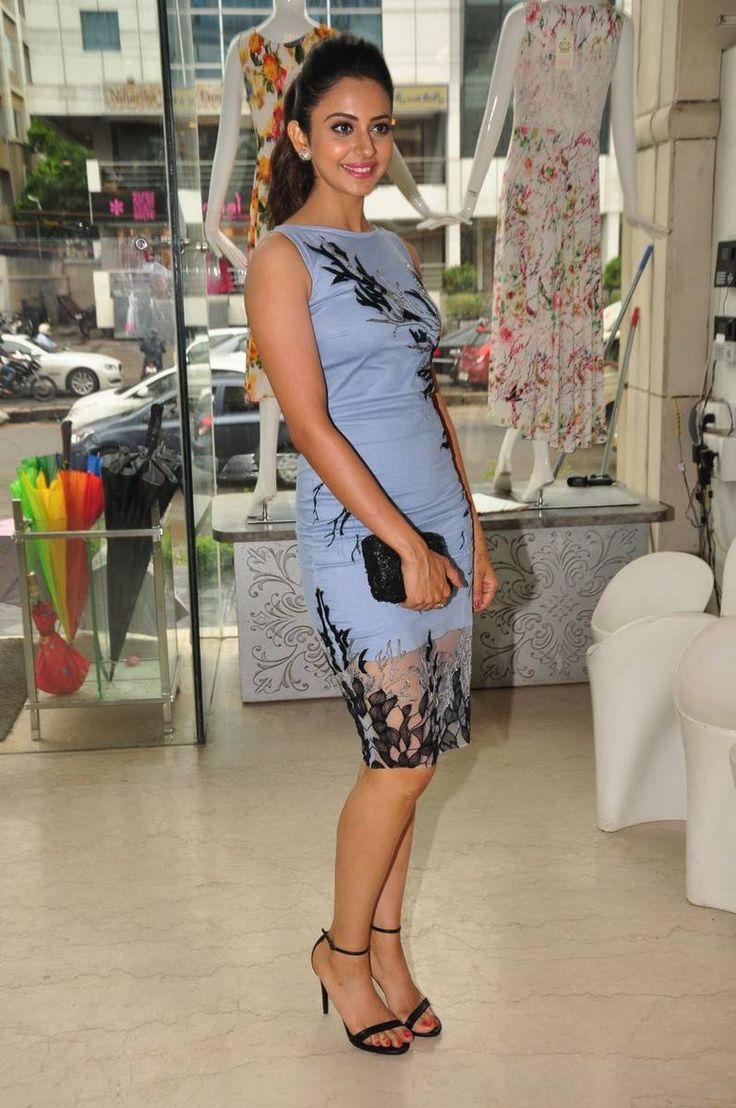 Legs Show Photos Of Rakul Preet Singh In Blue Dress