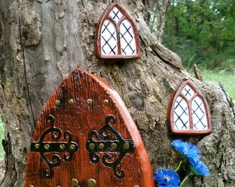 1000 images about fairy house windows and doors on pinterest for Works elf door