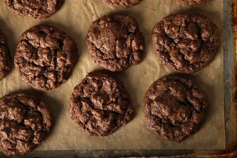 Fudgy Toffee Pecan Cookies