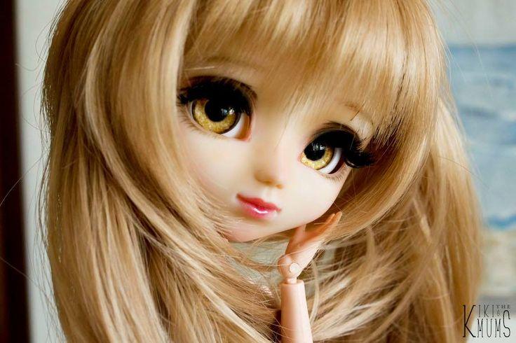 Kiki & Chrysanthemum's Dolly Service