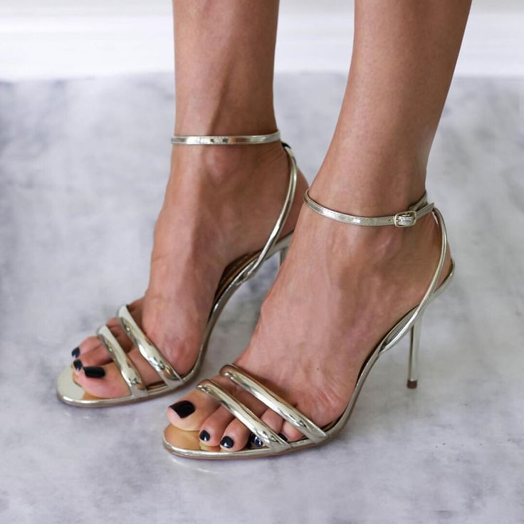 Gold scrappy heels, glam @thelustlife_