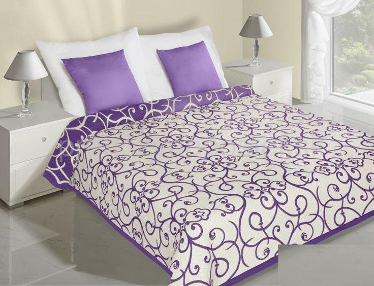 Krémovo fialové prehozy na posteľ obojstranné so vzorom