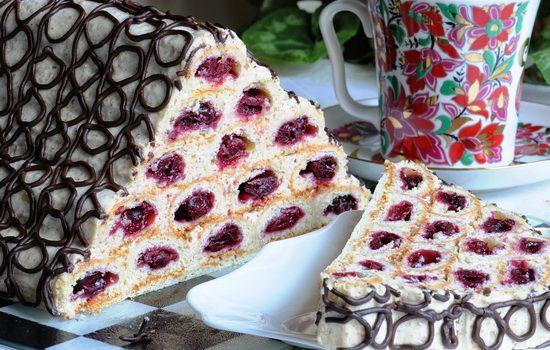 Рецепты торта «Монастырская изба» с вишней и со сметанным кремом,