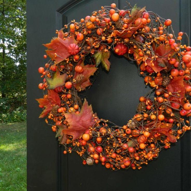 couronne de porte en nuances d'automne                                                                                                                                                                                 Plus