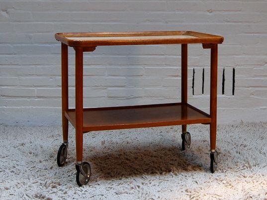25 beste idee n over vintage hout op pinterest vintage houten borden decoratieve houten - Nachtkastje schans ...