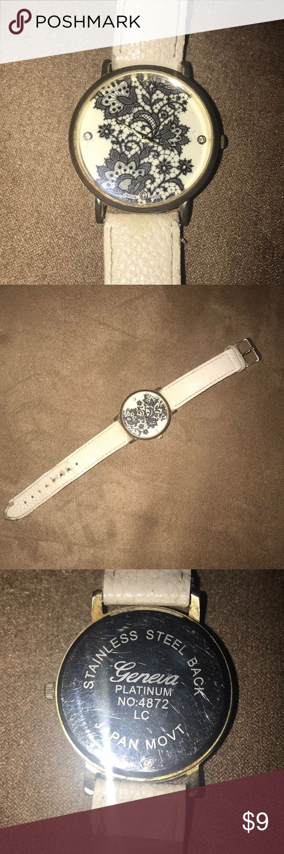 GENEVA LARGE FACE WATCH Battery still works stainless steel back ivory watch band Geneva Accessories Watches