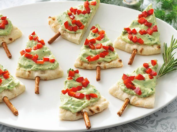 Too cute! Pita & Guac Christmas Trees #appetizer #avocado