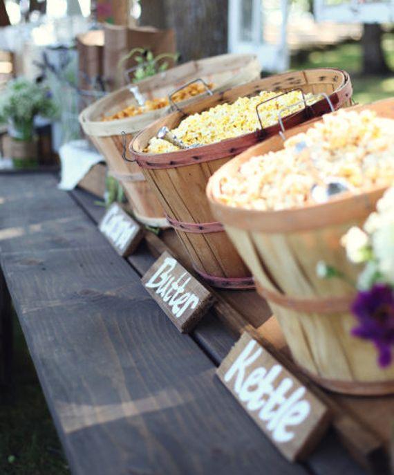 Animation bar a popcorn : mariage, anniversaire et evenement. Conseils, deco et idees recettes pour une animation culinaire pop corn… explosive ! http://goo.gl/YrS8X