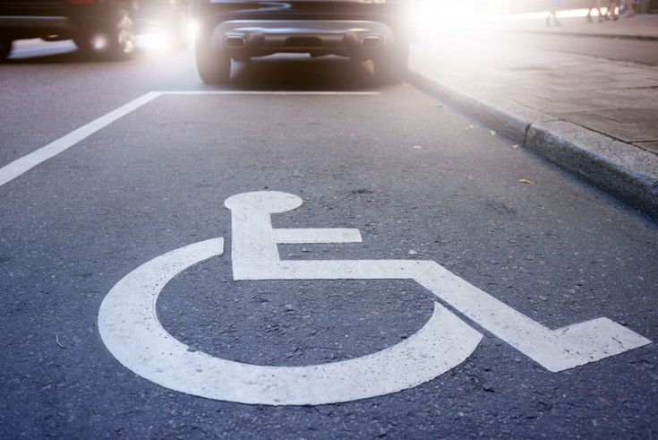 A Florida mayor stole a dead woman's identity to use a handicapped parking spot, police say