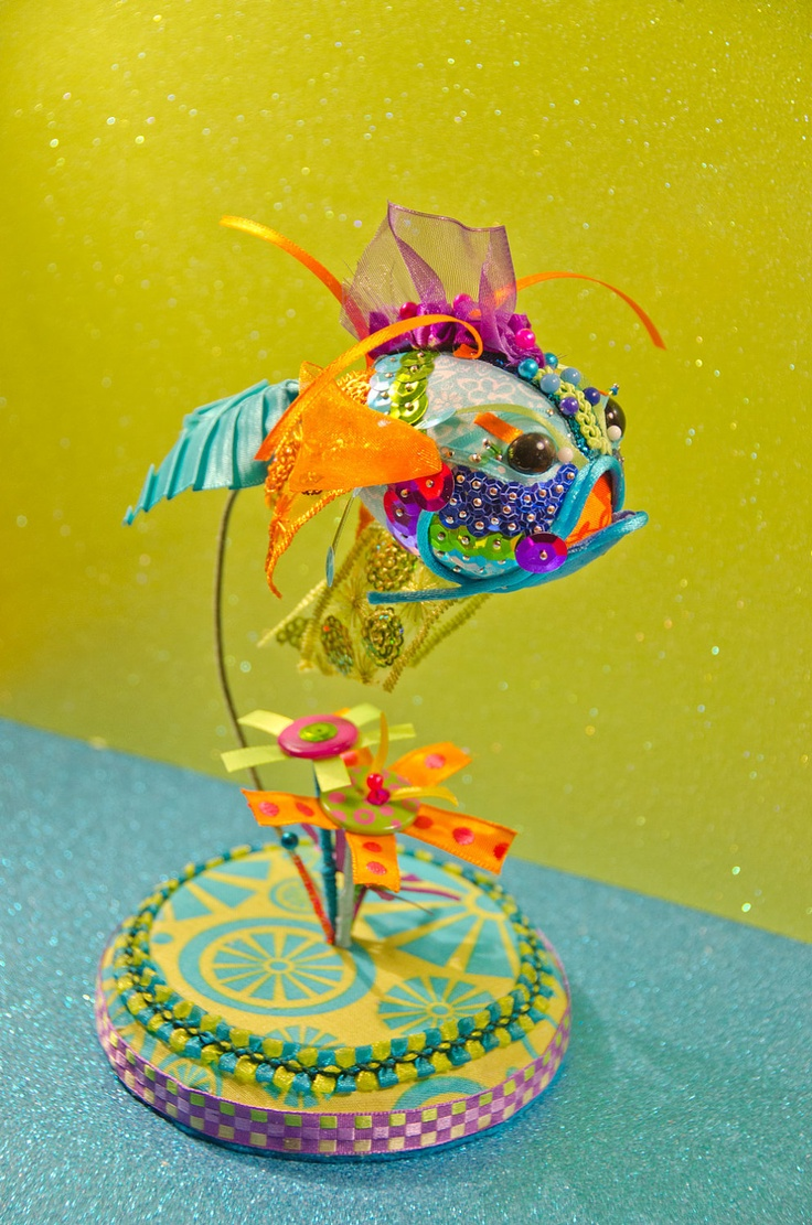 Black Eyed Peace Koi Goldfish Ornament Sculpture