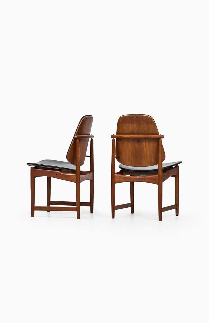 Arne Hovmand-Olsen dining chairs in teak at Studio Schalling