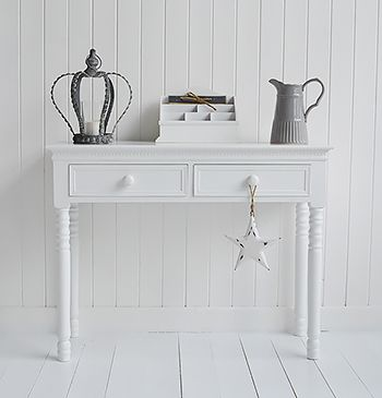 New England white Console Table with knob handles for hall furniture