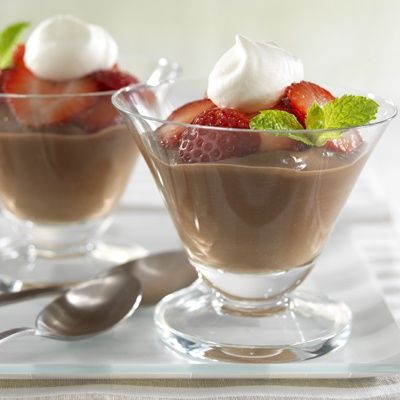 Chocolate Pudding with Fresh Strawberries-Diabetic Recipe