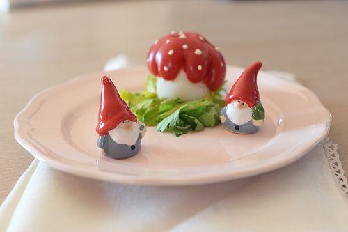La Casa degli Gnomi è un Uovo con il Pomodoro e la Maionese
