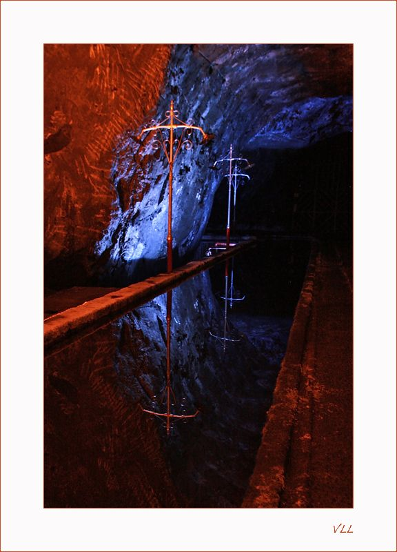 Du sel et des reflets - Nemocom, Boyaca- Colombia - Deuxième plus importante mine de sel souterraine du pays après celle de Zipaquira, elle offre une petite ballade à 60m sous terre le long de 2500m de galleries et elle est, à mon humble avis, beaucoup plus rustique et intéressante que sa grande soeur.