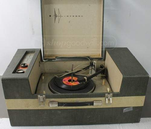 Vintage Silvertone Stereo Record Player-Untested