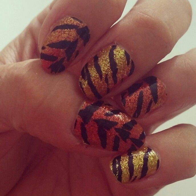 Nail art, tiger