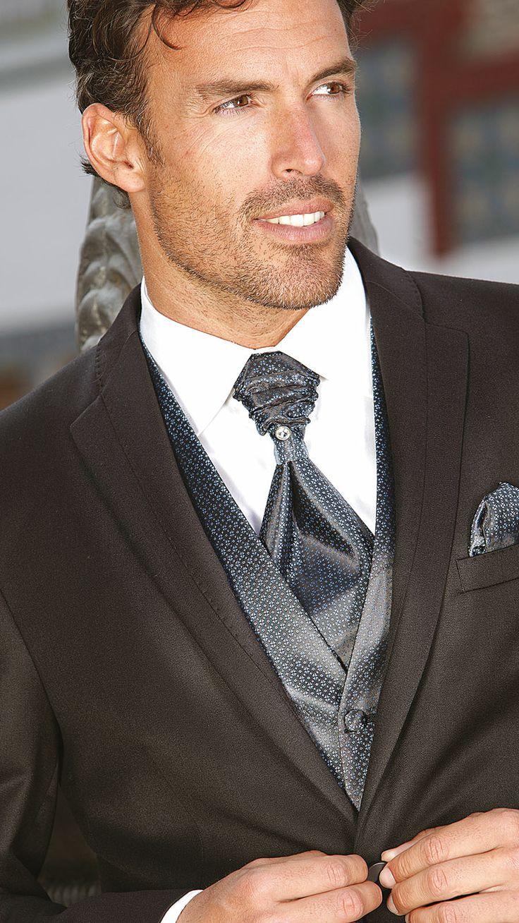 BERE CASILLAS trajes de novio en Granada, trajes de padrino y ceremonia de boda, trajes a medida y sastrería | Otro sitio realizado con Word...