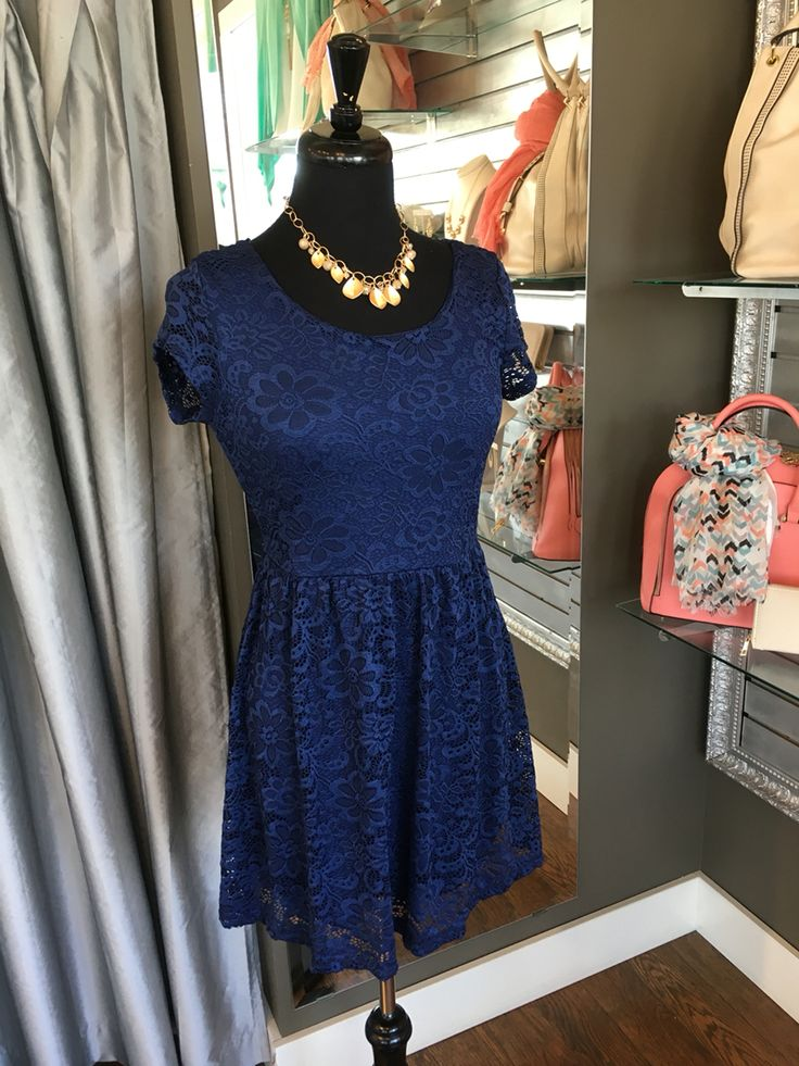 Short Sleeve Navy Summer Skater Dress - Do you love skater dresses? We have this beautiful summer version of a standard skater dress featuring a beautiful lace overlay. This dress can either be formal or casual, depending on how you accessorize. (Perfect Short Sleeve Navy Summer Skater Dress $68CAD) #summer #summerstyle #fashionista
