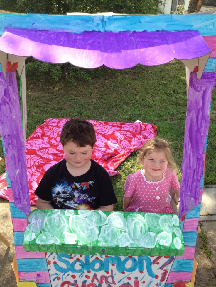 Thank you to Solomon & Evelyn Conroy for raising $100 for @RMHMemphis families w/ their lemonade stand! We love kids helping kids :-): Help Kids, Kids Help