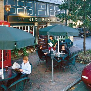 the Six Pence in Savannah...a MUST for anyone who visits this amazing town