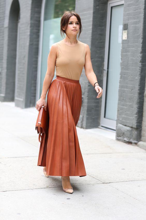Saia plissada: Saiba como usar essa peça delicada | Moda e beleza | Pinterest fashion, Latest fashion dresses, Skirt fashion