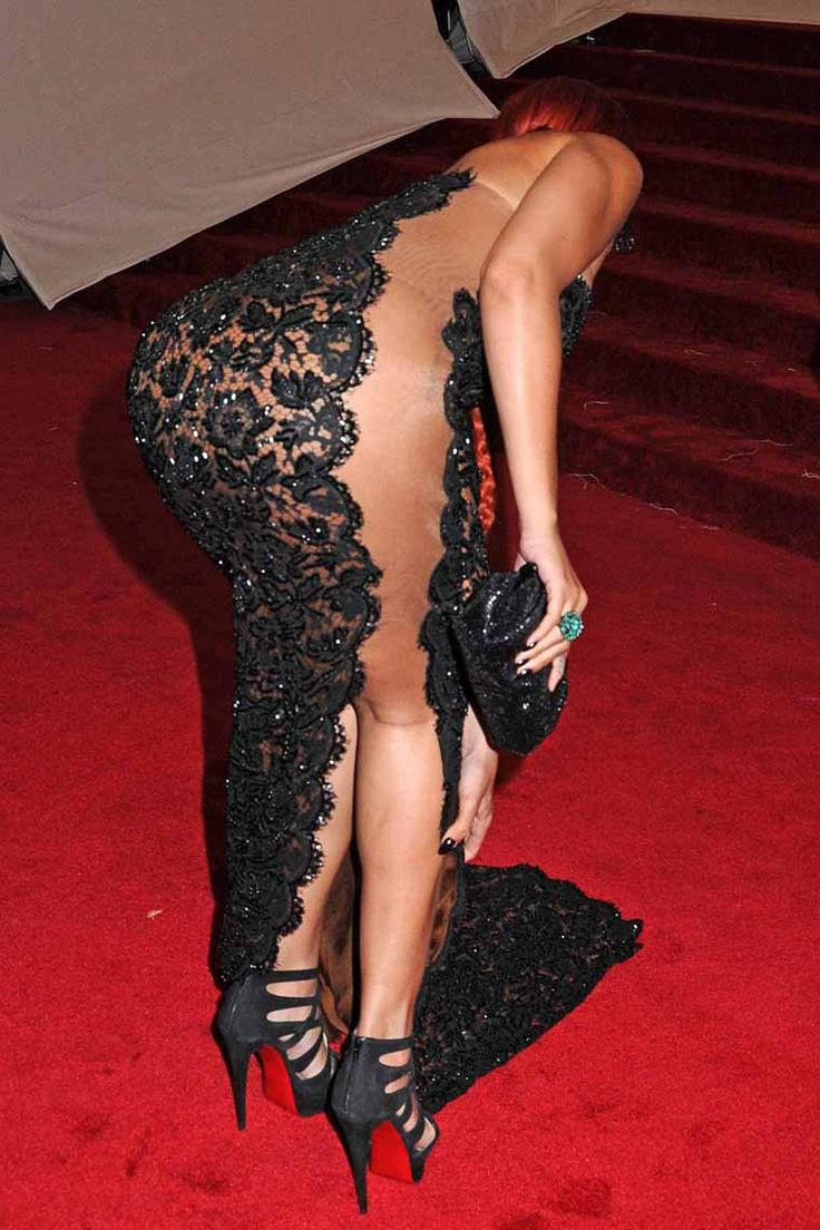 Rihanna Shows Hot Ass in See Through Dress at the ...