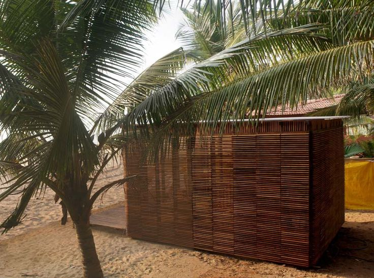 Beach Cottage in Timber at Agonda Beach: The super structure is made of a light framework of locally available Sagwan timber of 100 x 50mm sections with demountable joints on a grid of 500 x 500mm.