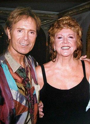Cilla Black died of a stroke after falling and hitting head confirms autopsy   Daily Mail Online