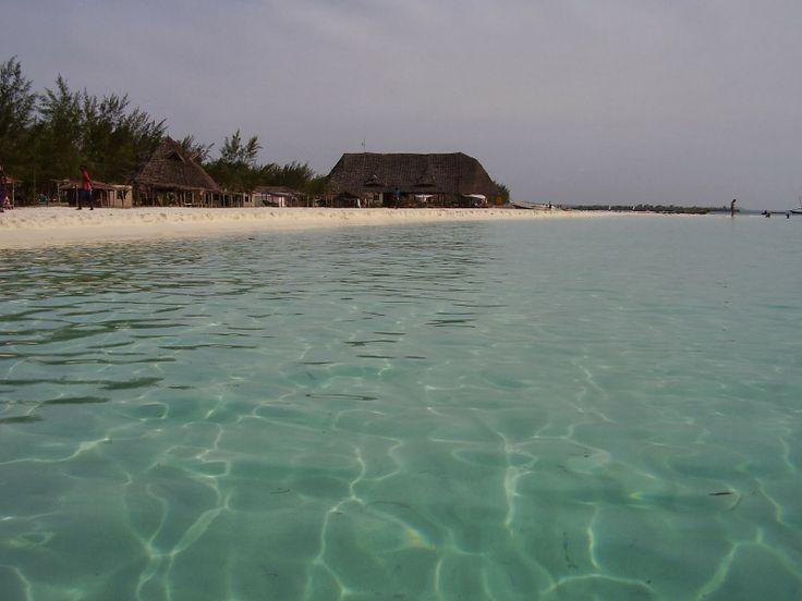 La spiaggia di Nungwi  http://www.travelstories.it/2014/02/viaggio-zanzibar-non-solo-mare-non-solo.html  #Nungwi #Zanzibar #Indicanocean #gemmadellest #sea