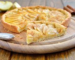 Tarte aux pommes à la poudre d'amandes et cannelle (facile, rapide) - Une recette CuisineAZ