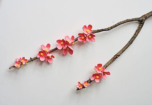 Egg Carton Cherry Blossom Branch @Amanda Formaro Crafts by Amanda