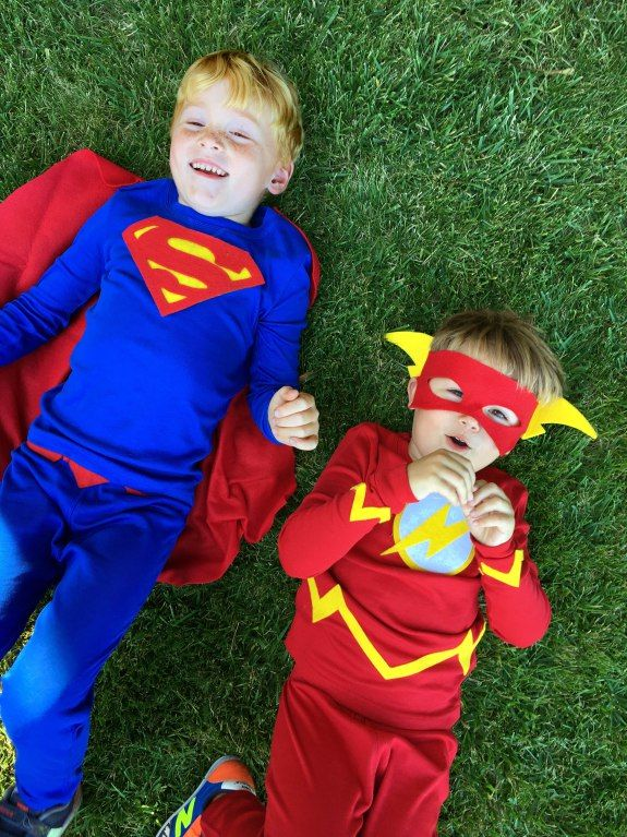 Easy DIY Halloween costumes for kids that your can make out of pjs. We made Flash and Superman Halloween costumes, but you could turn a pair of pajamas into any superhero or character that your child loves.