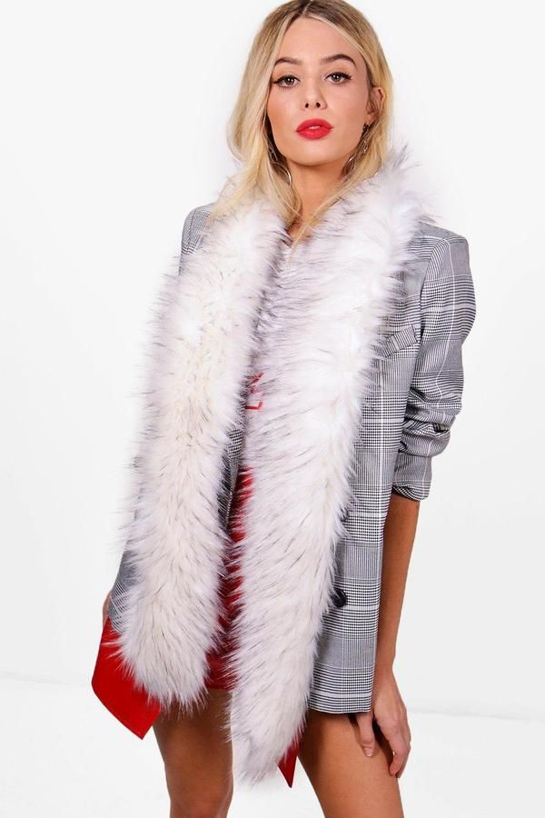 boohoo Jodie Tipped Faux Fur Stole