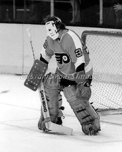Gary Inness with Philadelphia Flyers.