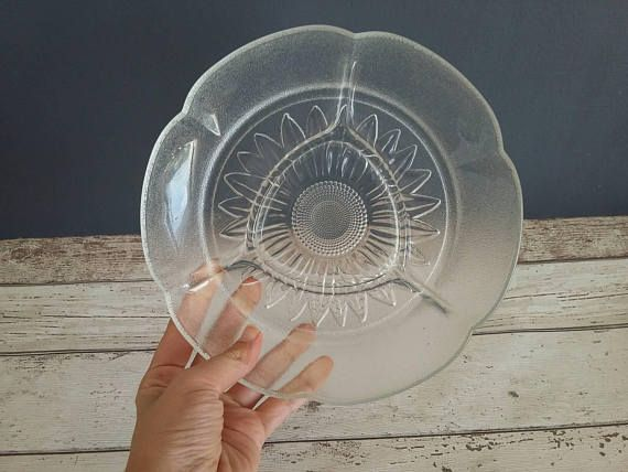 70s Sunflower Divided Serving Plate // Vintage Glass Divided