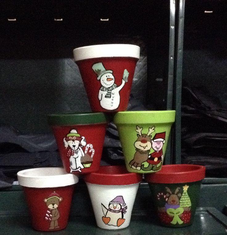 Macetas pintadas a mano macetas de navidad pinterest - Tiestos de barro ...