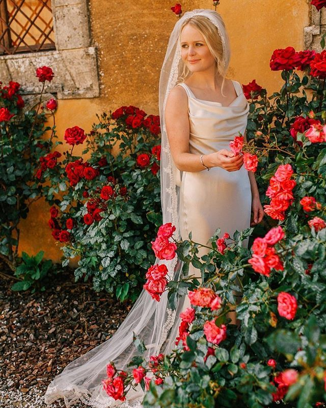 Real Weddings In Tuscany: Totally Gorgeous! Real Bride Faye In David Fielden For A
